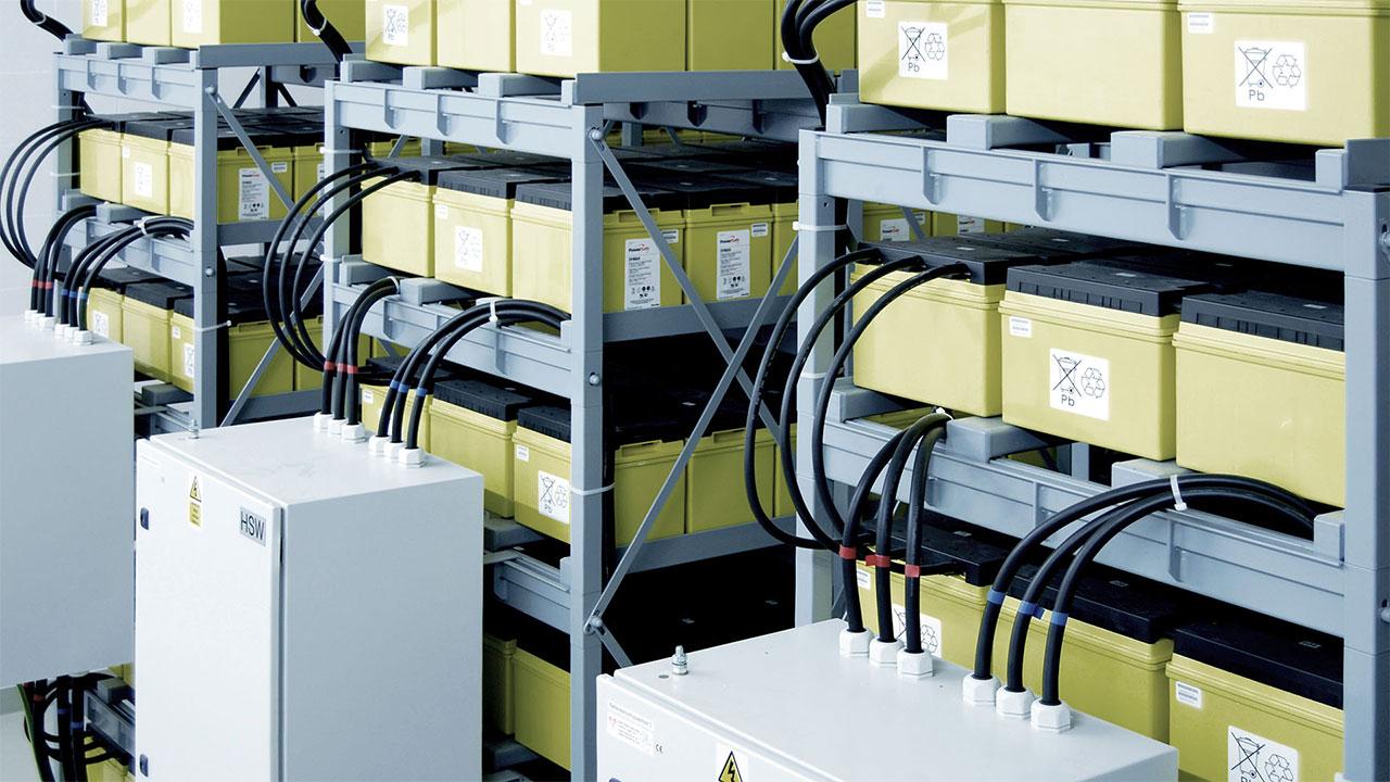 Batterien zur Überbrückung von Stromausfällen